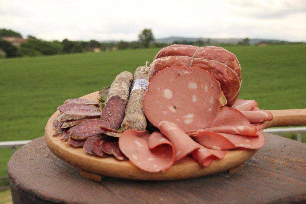 mortadella e salame di carne di bufalo